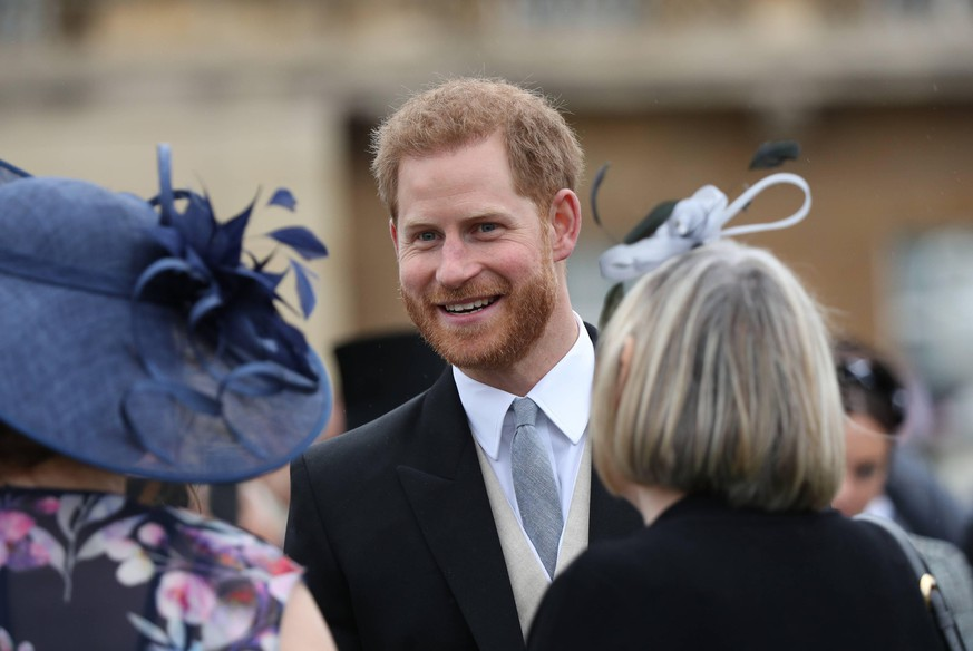 Entertainment Themen der Woche KW22 Entertainment Bilder des Tages . 29/05/2019. London, United Kingdom. Queen Elizabeth II, Prince Harry,The Duke of Sussex , Princess Eugenie and Princess Beatrice at a Royal Garden Party at Buckingham Palace in London. PUBLICATIONxINxGERxSUIxAUTxHUNxONLY xPoolx/xi-Imagesx IIM-19729-0032