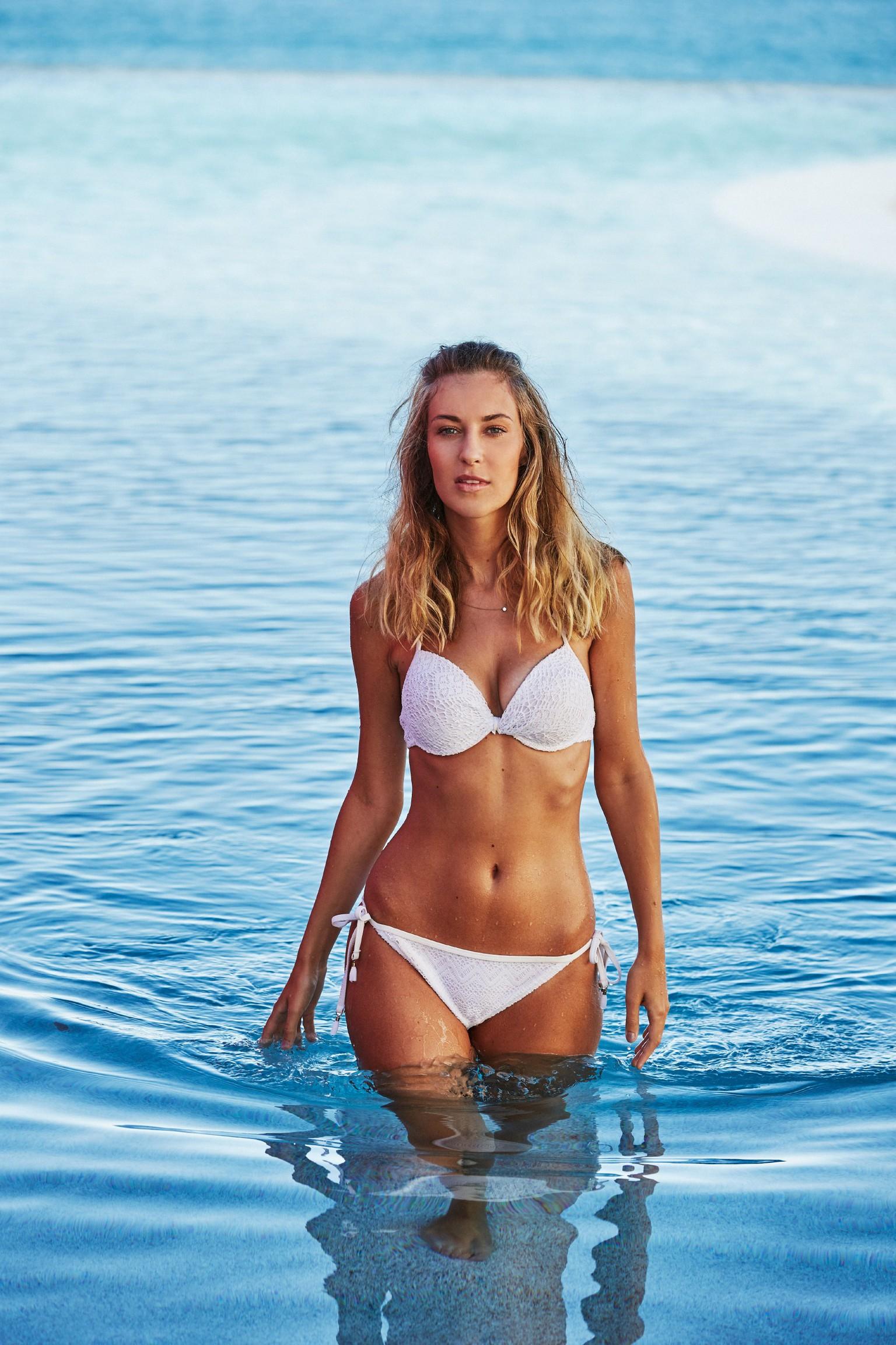 Fischer bikini helene Jenny Frankhauser